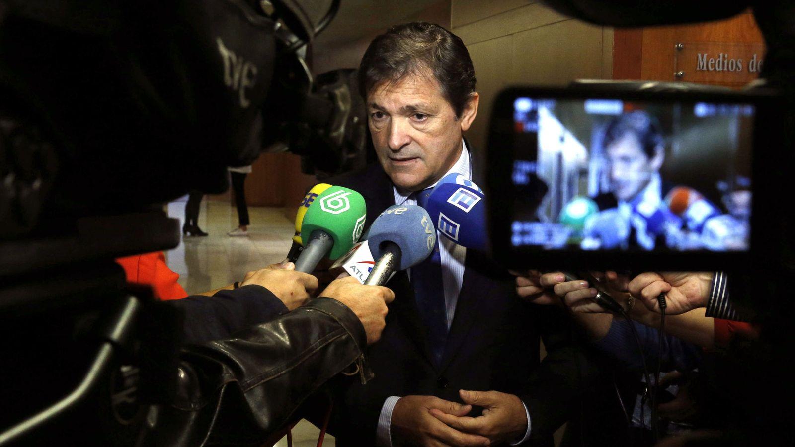 Foto: El presidente del Principado y de la gestora del PSOE, Javier Fernández. (EFE)