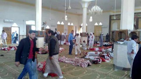 Al menos 235 muertos en un atentado contra una mezquita en el Sinaí egipcio