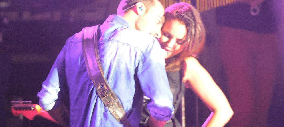 Foto: La cantante y el guitarrista Javier Arpa (Gtres)