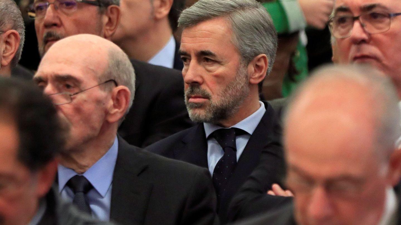 El exministro Ángel Acebes, en una de las sesiones. (EFE)