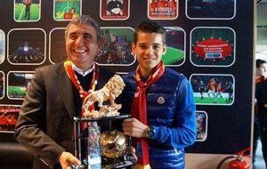 Ianis Hagi recupera para el fútbol la incomparable magia y clase de su padre Gica