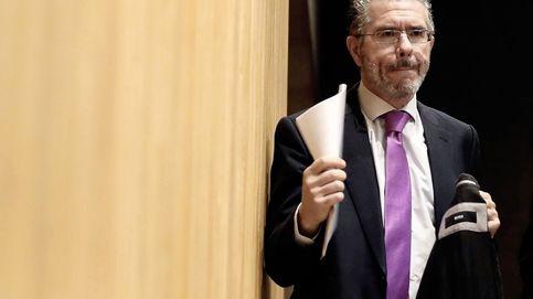 Las facturas en B del PP que denuncia Granados: 174.000 € movidos por Aguirre