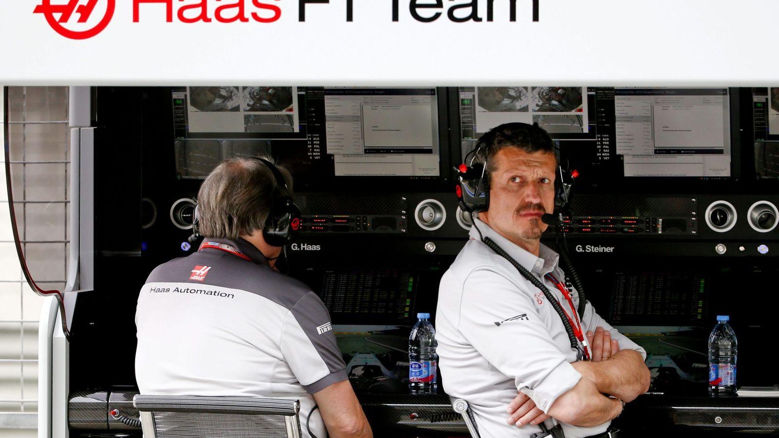 Foto: Günther Steiner es uno de los hombres fuertes de Haas, pero también un gran defensor de los suyos. (EFE)