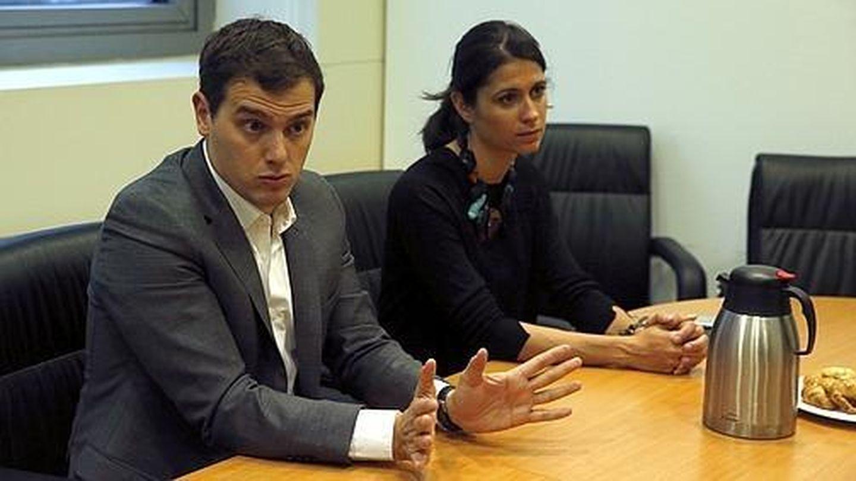 Albert Rivera y la que fue su jefa de gabinete, María Castiella. (EFE)