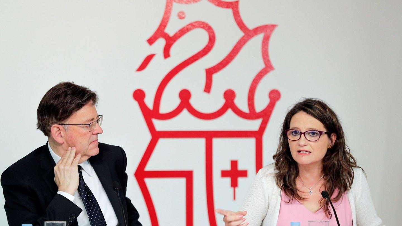Ximo Puig y la vicepresidenta del Consell, Mónica Oltra. (EFE)