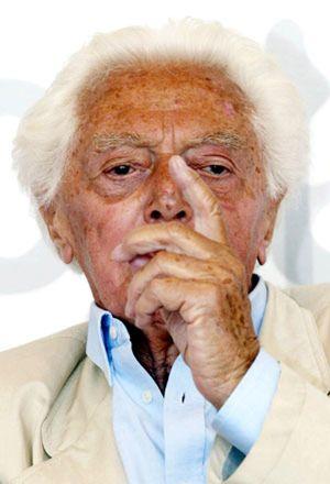 El cineasta Dino Risi, padre de la comedia italiana, fallece a los 91 años