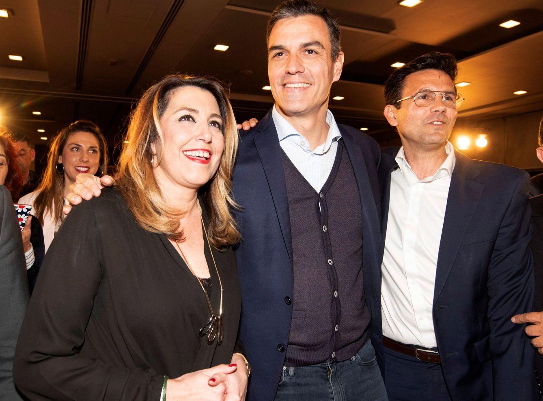 Pedro Sánchez, Susana Díaz y el alcalde de Granada, Paco Cuenca, el pasado 4 de marzo. (EFE)