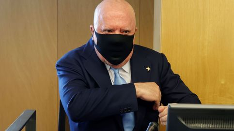 El juez cita a Villarejo tras sostener en el Congreso que informaba a Rajoy de Kitchen