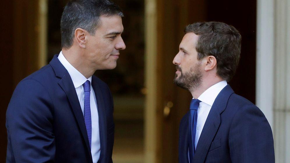 Foto: Sánchez se reúne con casado para analizar situación en cataluña tras sentencia del procés