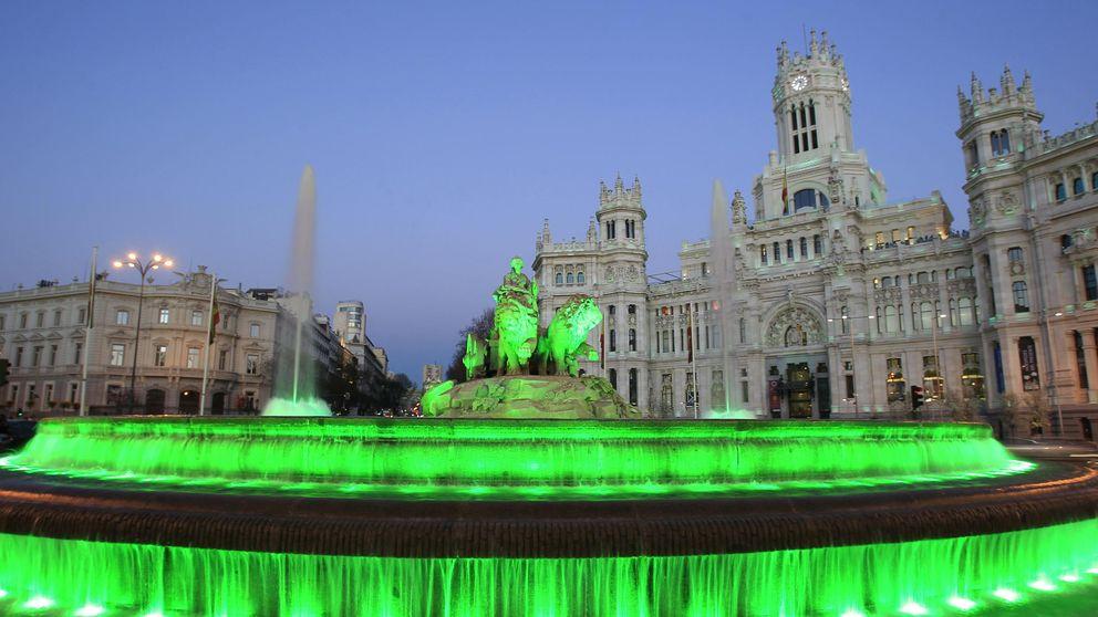 Edificios de toda España se tiñen de verde por los discapacitados