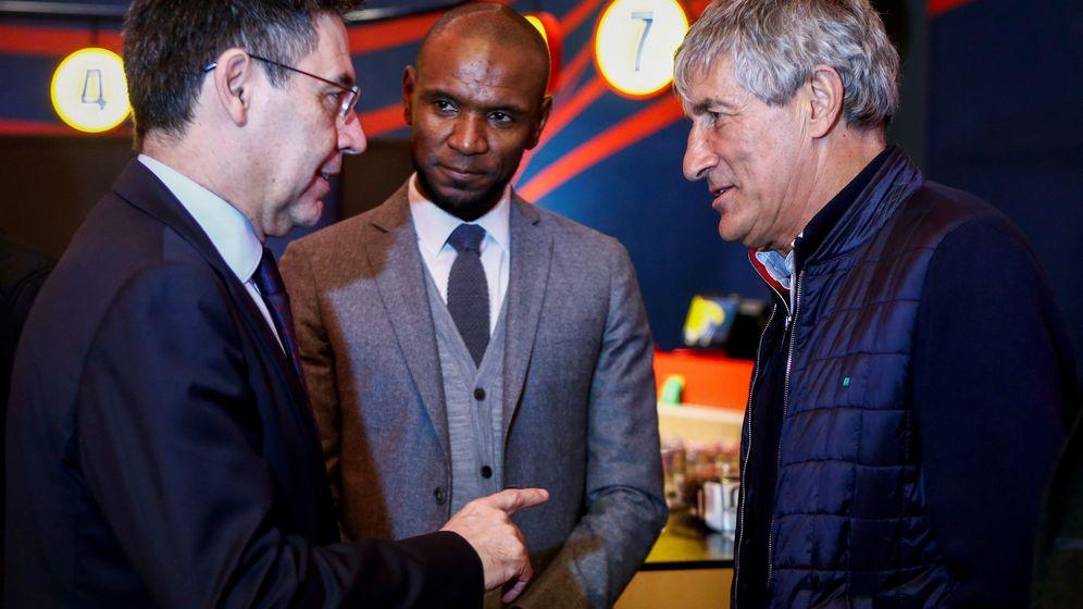 Foto: El presidente del FC Barcelona Josep Maria Bartomeu, el director deportivo Éric Abidal y el entrenador del primer equipo, Quique Setien. (EFE)