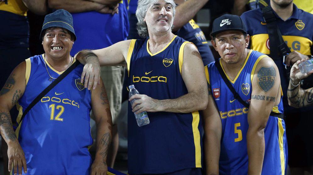 Foto: Rafael Di Zeo (c), en una imagen de 2015 durante un partido de Boca Juniors en Venezuela. (Reuters)