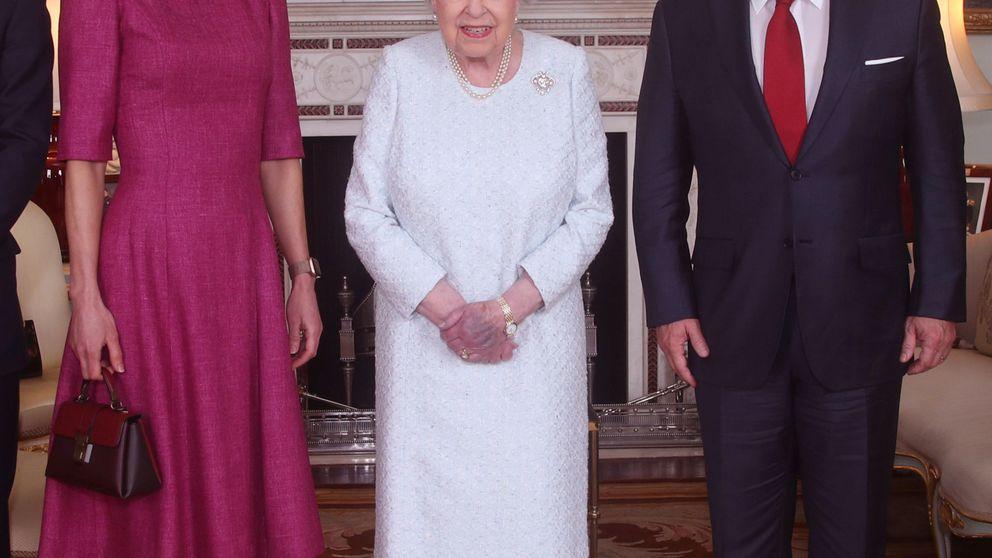 La foto de Isabel II y Rania se ha hecho viral... pero no por el motivo que crees