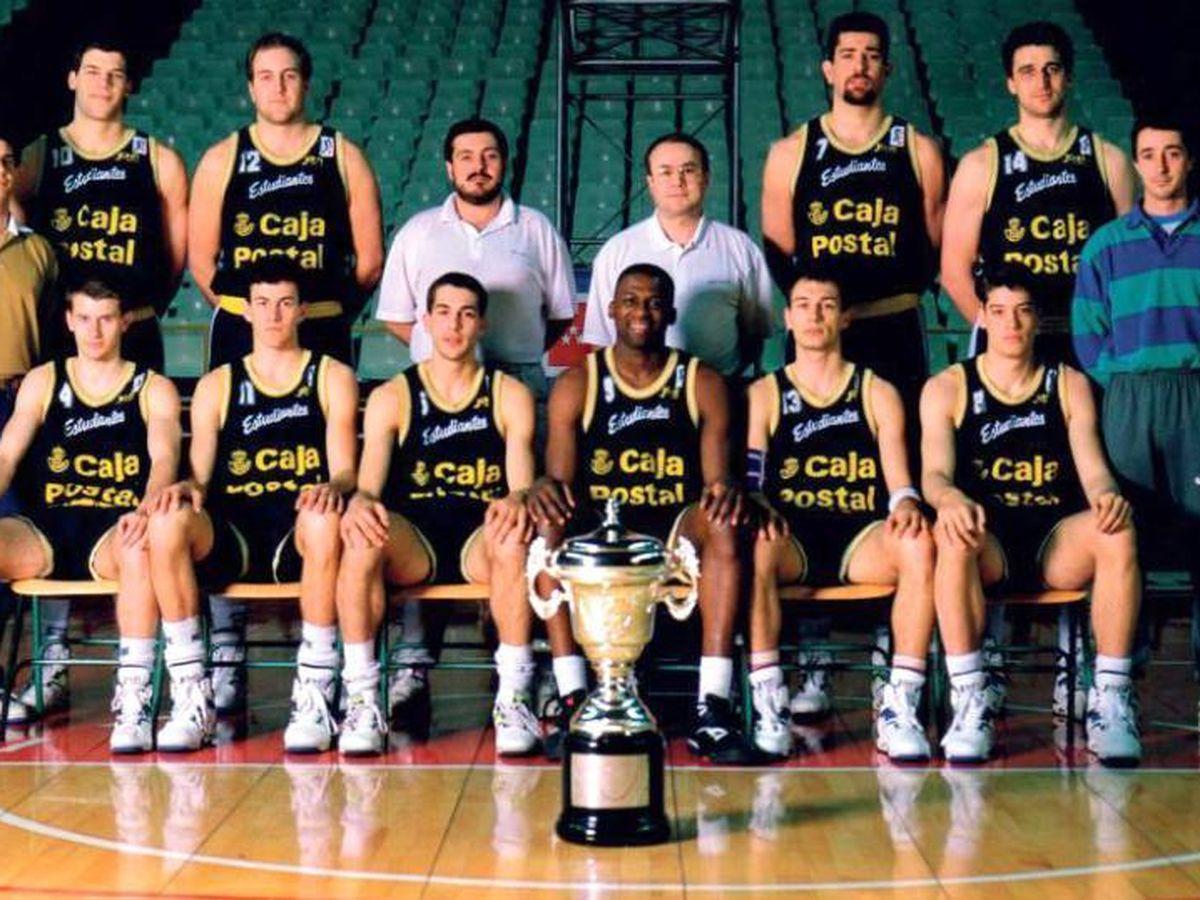 Foto: Foto oficial del Estudiantes de 1992.