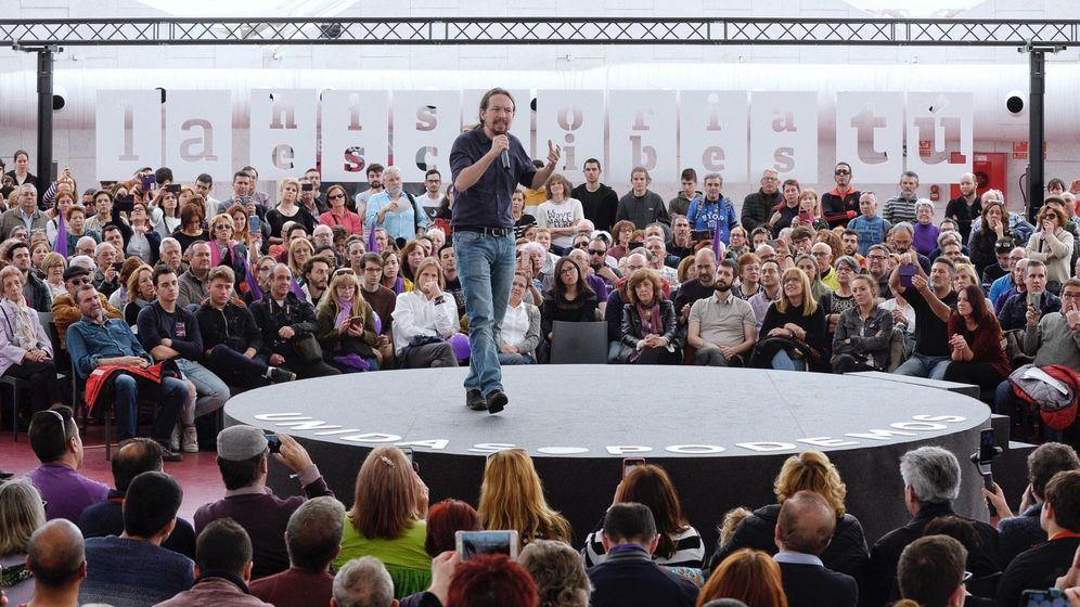 Foto: El secretario general de Podemos y candidato de Unidas Podemos a la Presidencia, Pablo Iglesias, celebra un mitin con afiliados y simpatizantes del partido en Valladolid. (EFE)