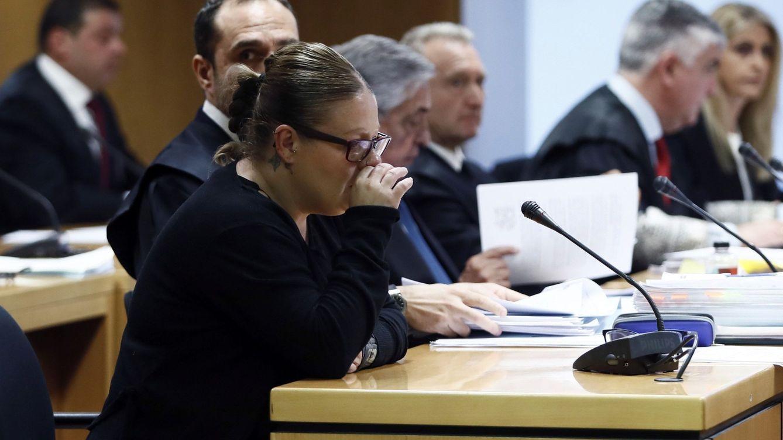 Me han roto la vida: la auxiliar de Alcalá acusada de asesinato declara entre lágrimas