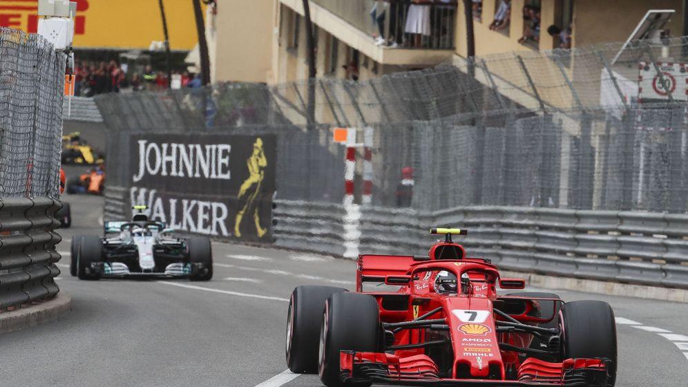 Foto: Mercedes cree que el rendimiento de Ferrari no está dentro de la legalidad (EFE)