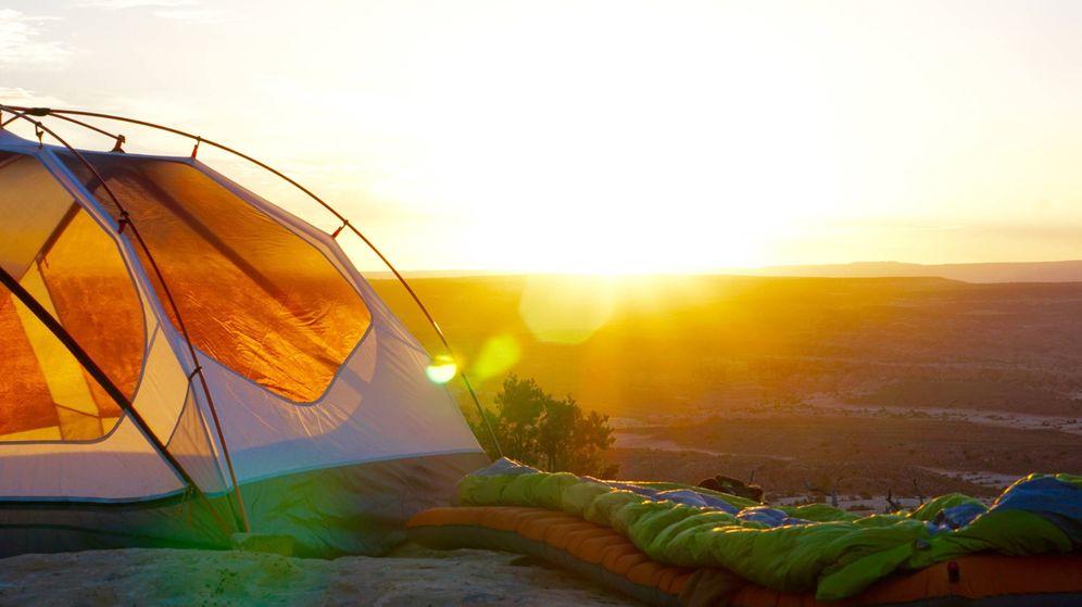 Foto: Irte de acampanada será más fácil gracias a Amazon. (Jack Sloop para Unsplash)