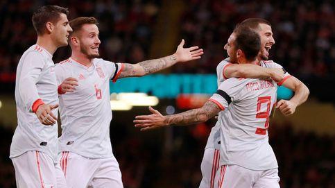 Gales - España | Paco Alcácer marca el tercer gol del equipo de Luis Enrique