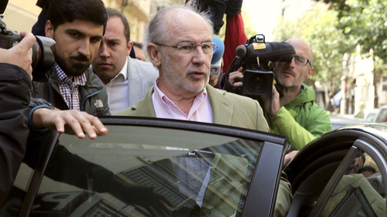 Foto: El exvicepresidente económico Rodrigo Rato en una imagen reciente a la salida de su casa en Madrid (EFE)