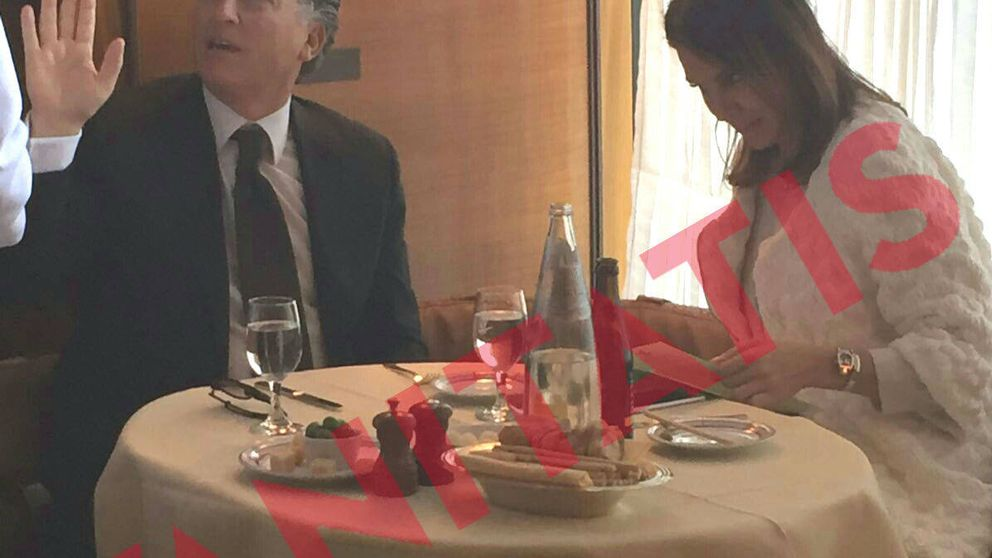 Mar Flores y Elías Sacal, 'cazados' en una romántica cena en Nueva York
