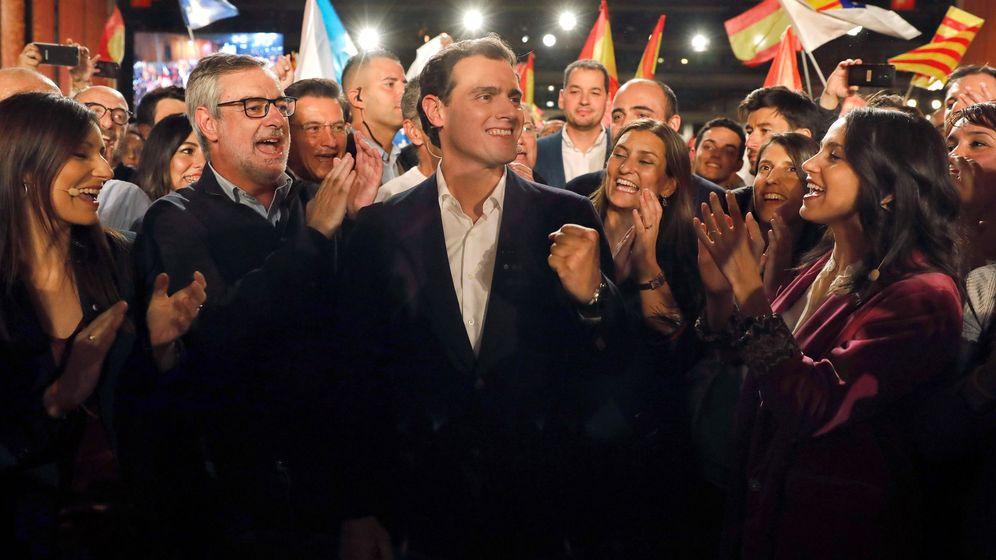 Foto: El presidente de Ciudadanos, Albert Rivera, en el cierre de la campaña en Barcelona. (EFE)