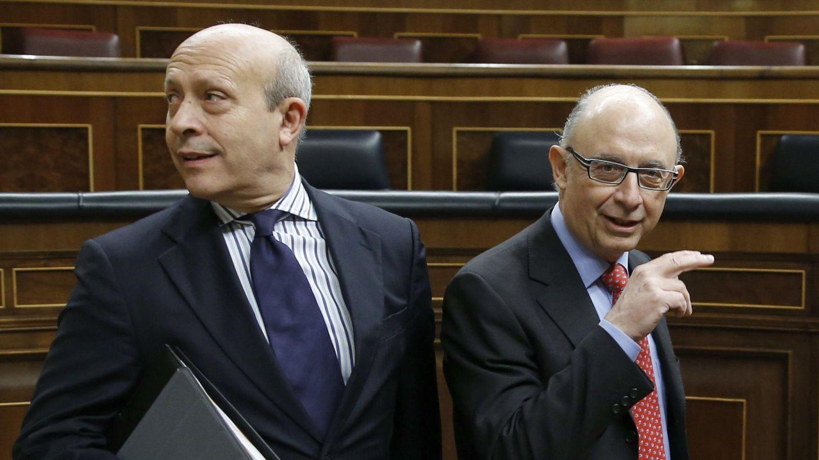 Foto: Wert y Montoro en la segunda jornada del debate del estado de la nación (EFE)