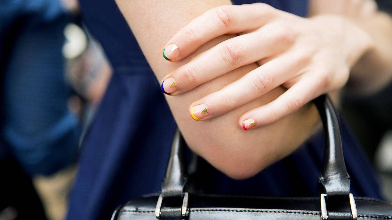 La manicura japonesa es el mejor tratamiento entre esmaltado y esmaltado. (Imaxtree)