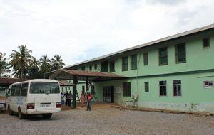 """Viaje al hospital donde trabajó García Viejo: """"Vencimos al ébola"""""""