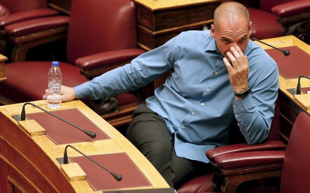 Foto: El exministro de Finanzas durante una sesión del Parlamento griego, en Atenas, el 15 de julio de 2015 (Reuters).