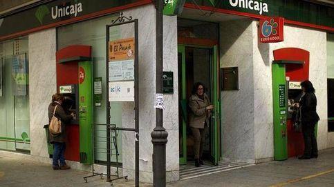 Los bancos de las antiguas cajas dejan de cobrar comisiones por usar sus cajeros