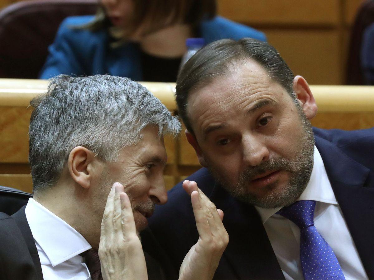 Foto: Los ministros Ábalos y Grande-Marlaska. (EFE)