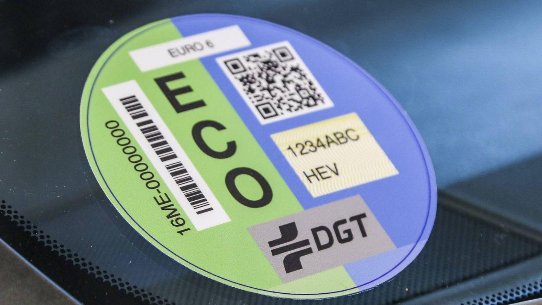 Los vehículos híbridos tienen etiqueta ECO.