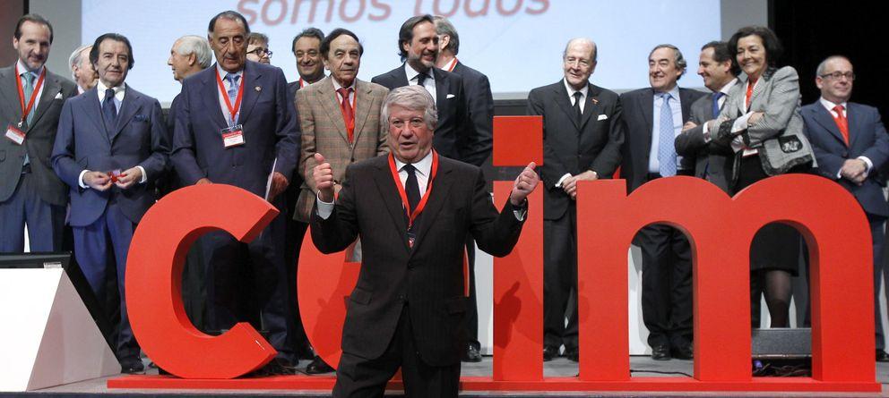 Foto: Arturo Fernández, el pasado mes de marzo, después de imponerse en las elecciones de la patronal madrileña. (EFE)