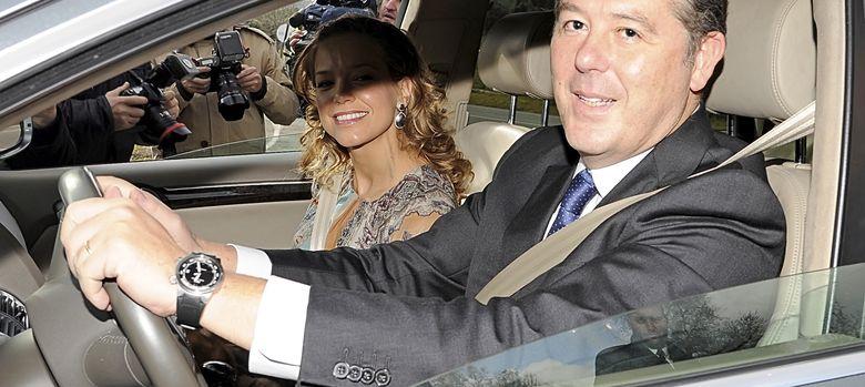 Foto: José María Michavila y su mujer en la boda del hijo de José Maríz Aznar y Mónica Abascal en 2011.
