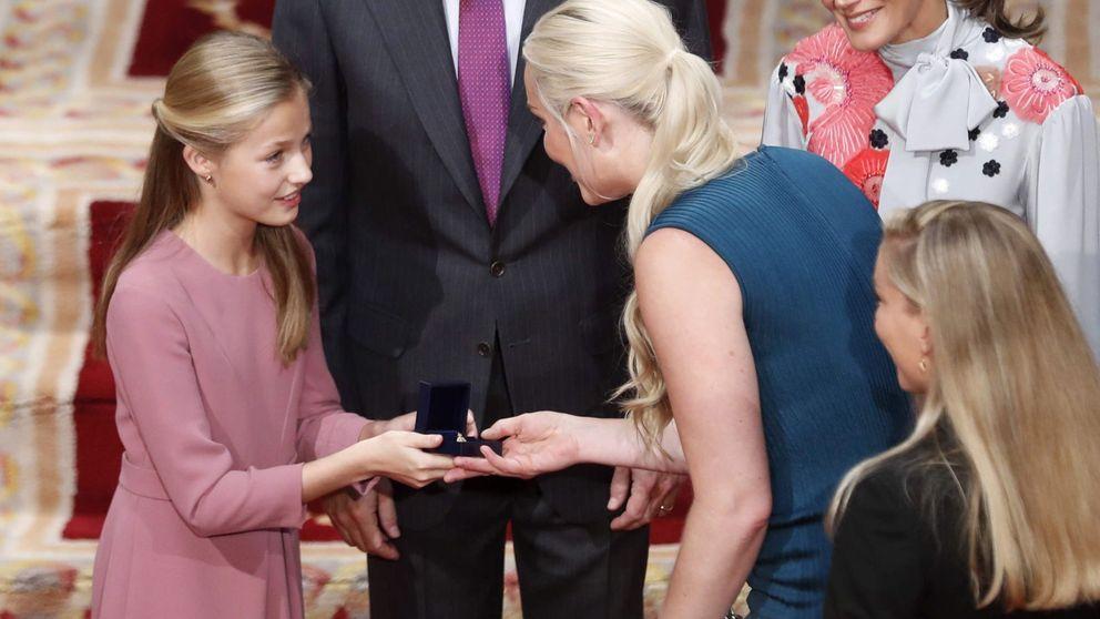 El 'cumpleaños feliz' que Felipe y Letizia cantaron en los Princesa de Asturias
