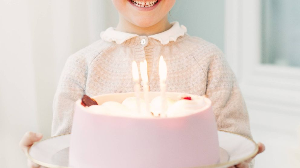 ¡Grattis prinsessan! Estelle de Suecia cumple 6 años y repasamos sus mejores fotos