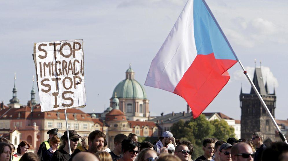 Foto: Manifestación contra la inmigración en Praga (Reuters)