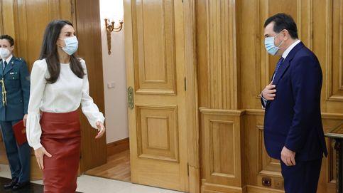 La reina Letizia versiona (con éxito) uno de sus looks más alabados 7 años después