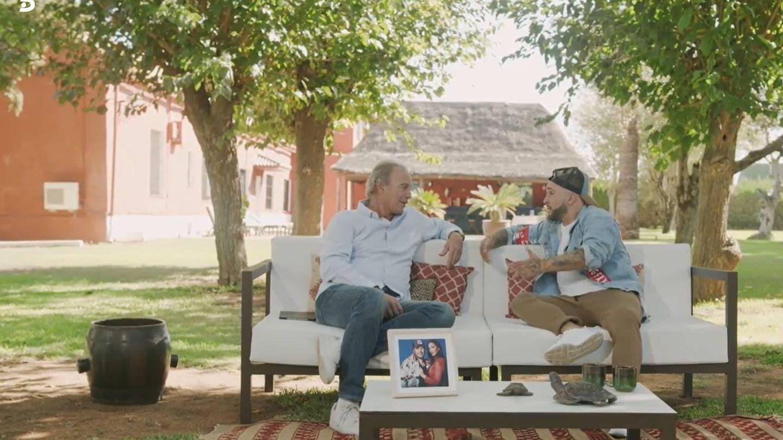 Bertín Osborne y Kiko Rivera, en 'Mi casa es la tuya'. (Telecinco)