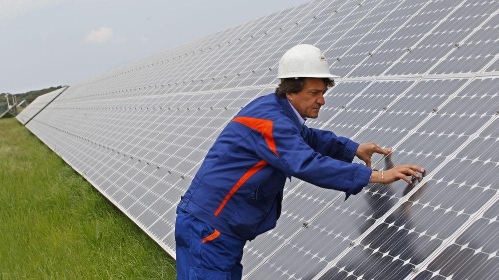 Foto: Imagen de una planta fotovoltaica. (Reuters)