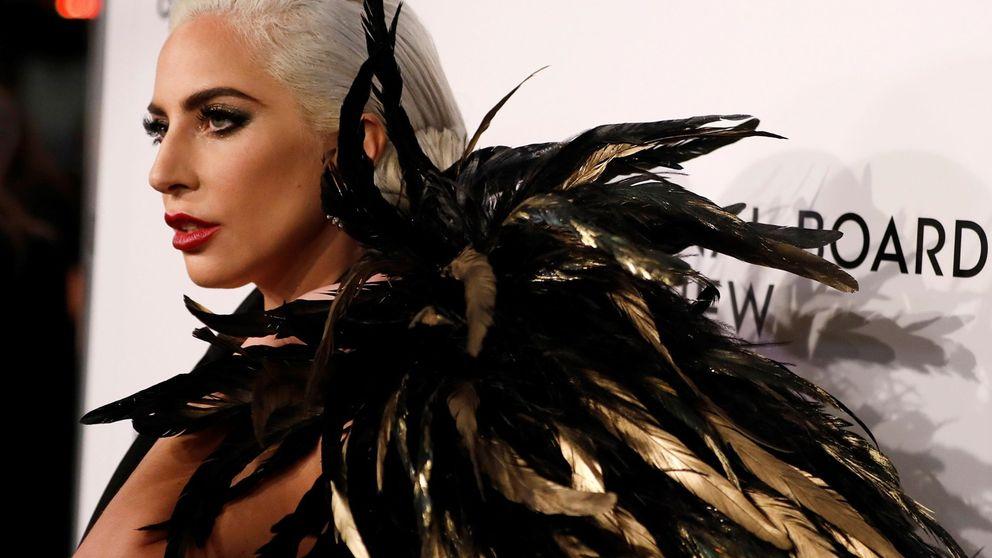 Paranormal Activity: ¿Qué lleva Lady Gaga en las manos?