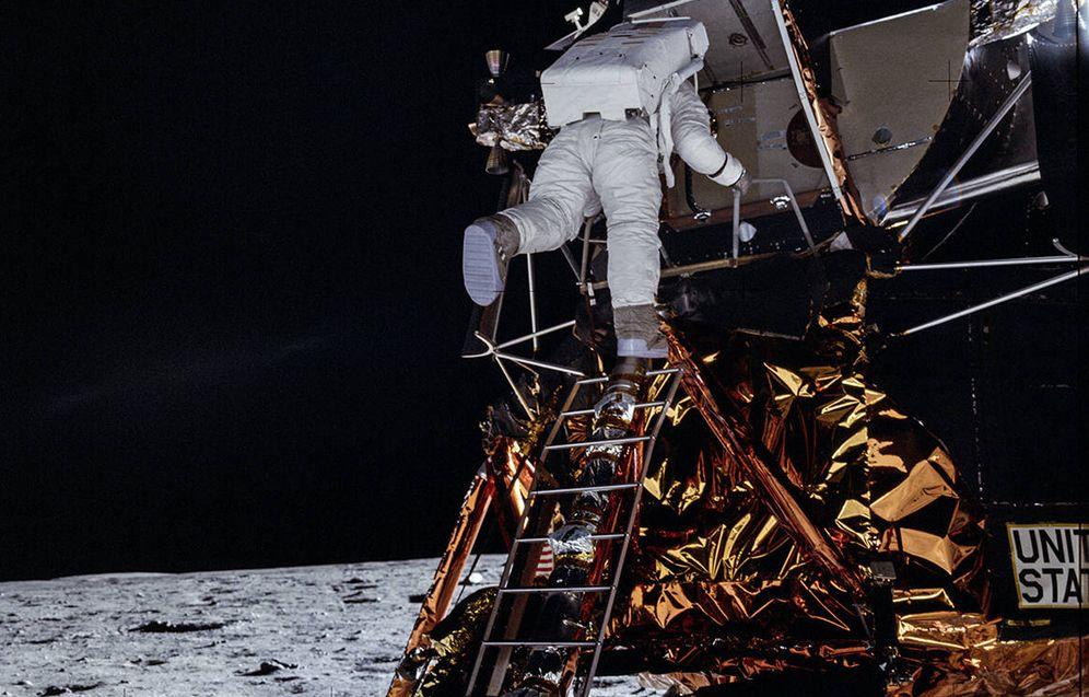 Foto: Buzz Aldrin, en el momento de convertirse en el segundo humano en pisar la Luna.