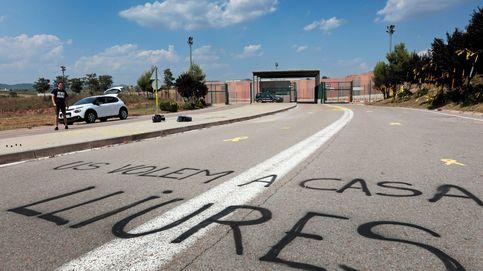 Lazos amarillos y pintadas a favor de los políticos presos a las puertas de Lledoners