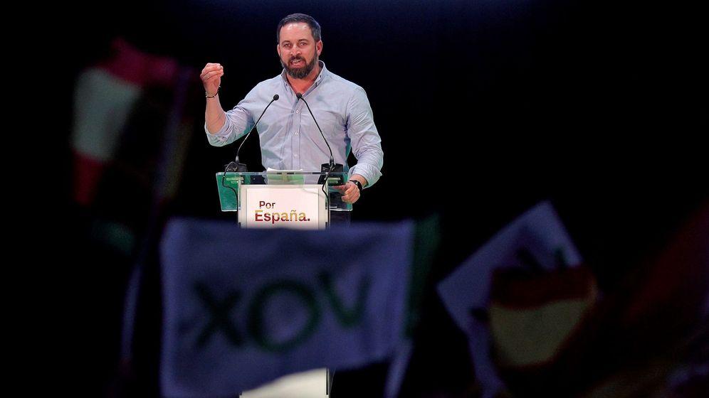 Foto: El presidente de Vox, Santiago Abascal, en un mítin en Valencia en 2019. (EFE)