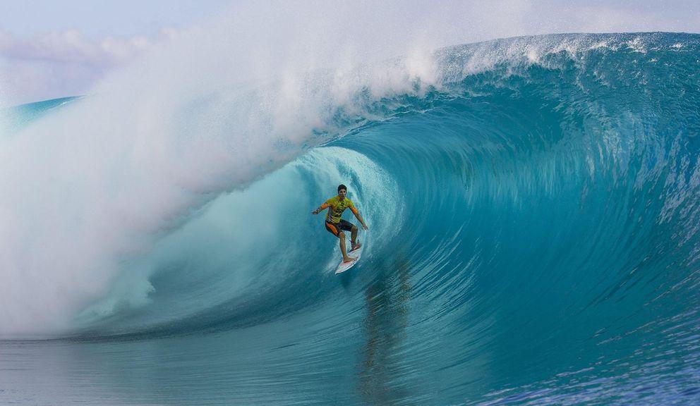 Foto: Gabriel Medina, en el Billabong pro Tahití