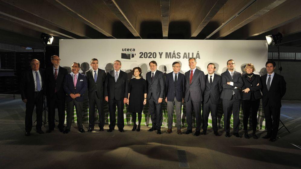 Foto: Los miembros de Uteca, junto Soraya Sáenz de Santamaría. (EC)