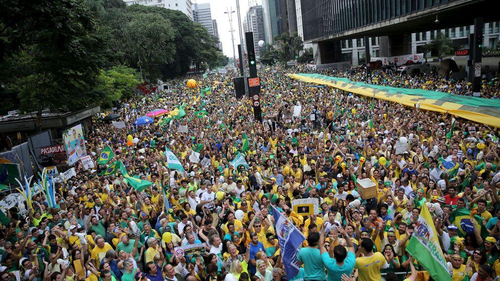 Brasil aúlla contra la izquierda: dentro de la mayor protesta de la democracia