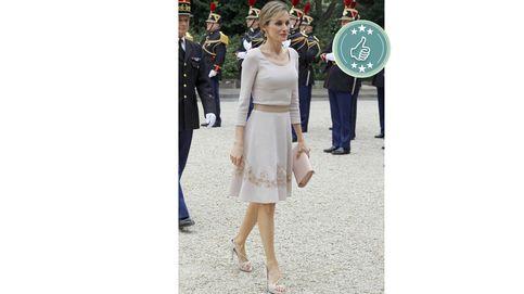 Letizia visita hoy París: estas son sus mejores y peores elecciones en la ciudad de la moda