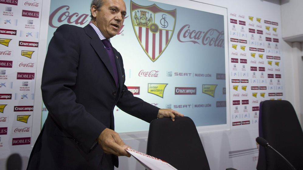 Foto: José María del Nido, durante su etapa como presidente del Sevilla FC. (EFE)